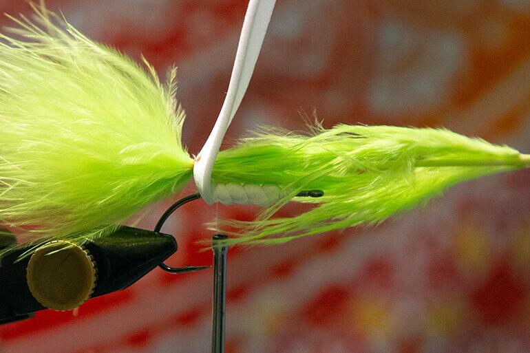 tying weedless gurgler
