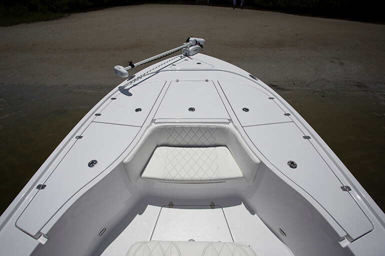 blazer bay 2700 fishing deck