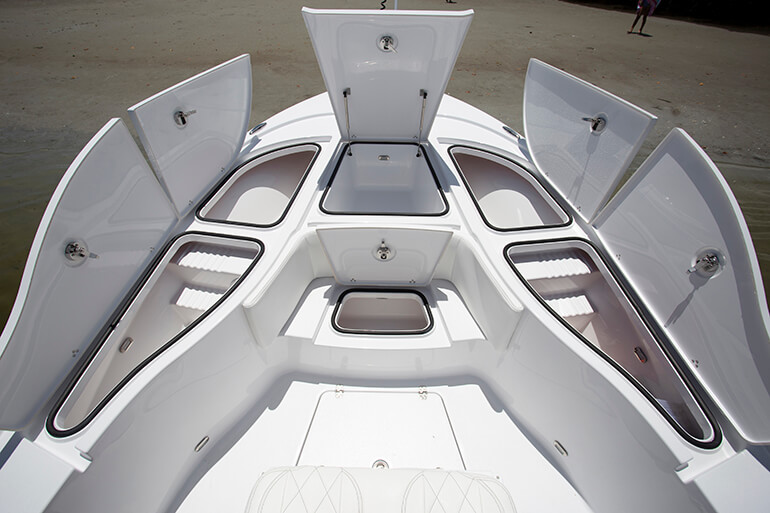 blazer bay 2700 bow storage